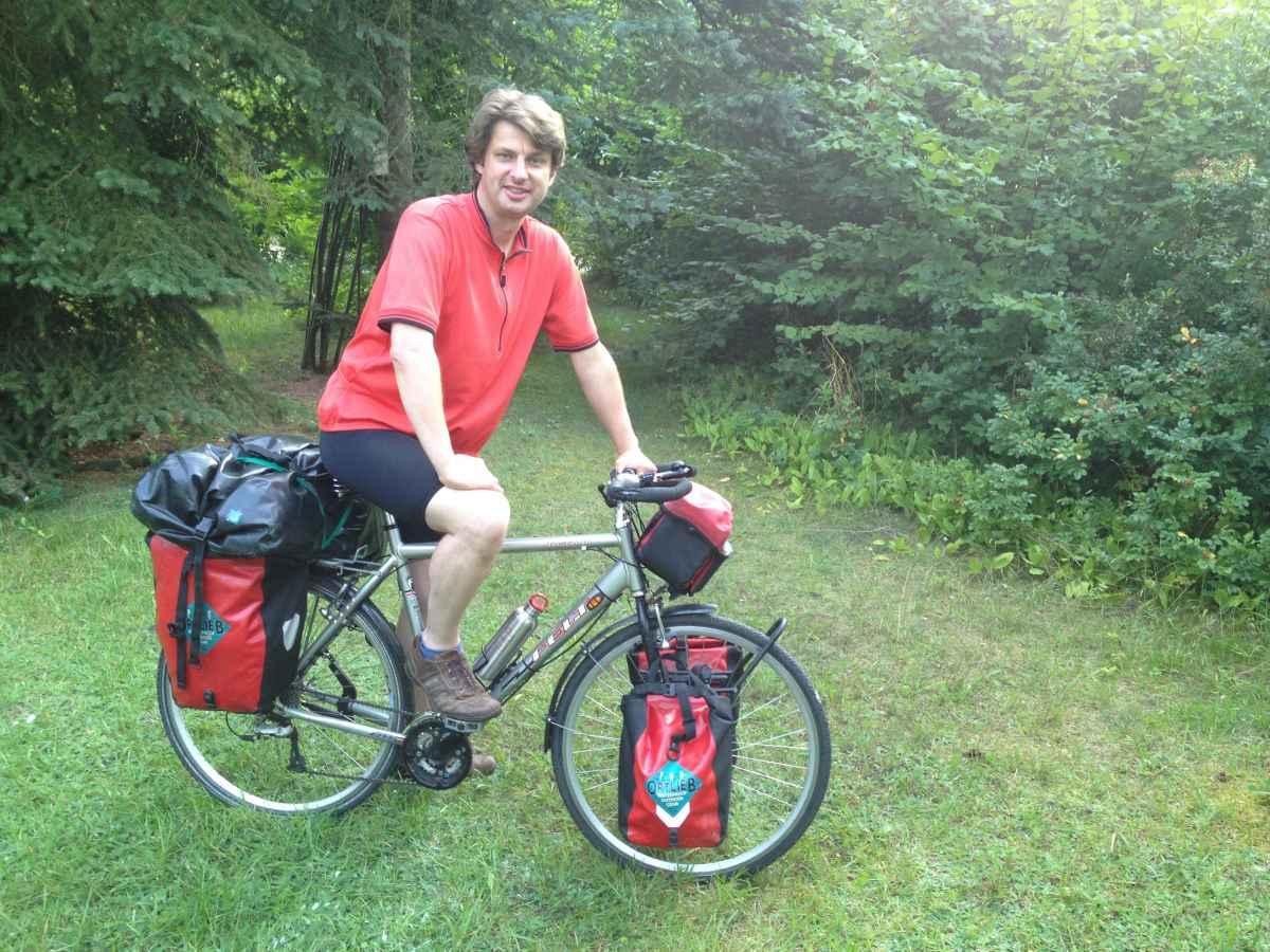 自転車で旅をするThomas Döennebrinkさん
